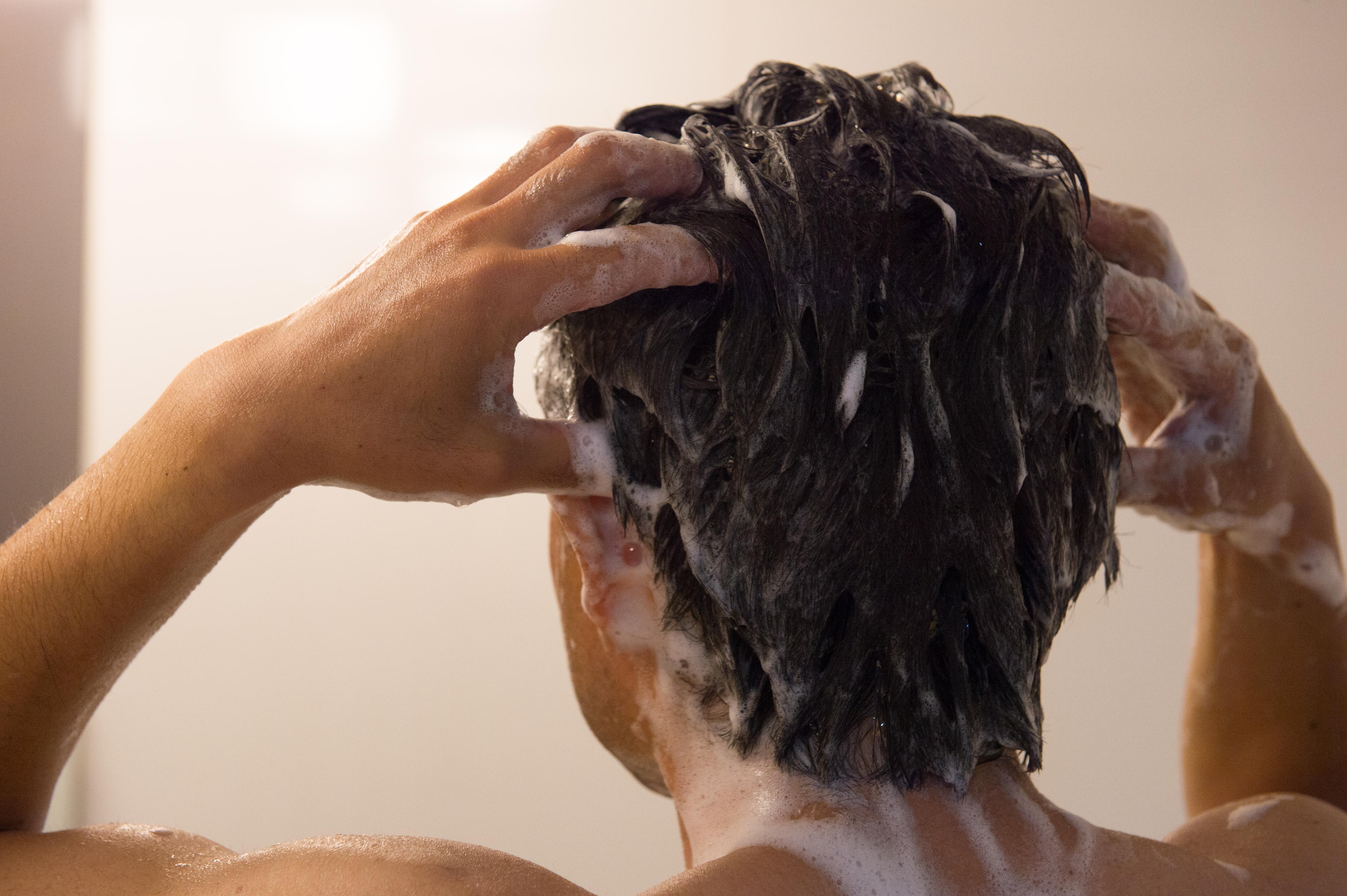 ハゲないための髪の毛の洗い方